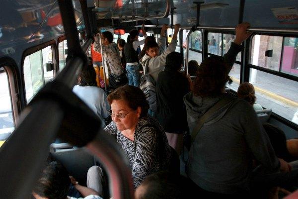 Reglas de seguridad en el transporte público