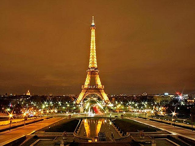 Torre Eiffel y otras atracciones turísticas están cerradas hasta nuevo aviso