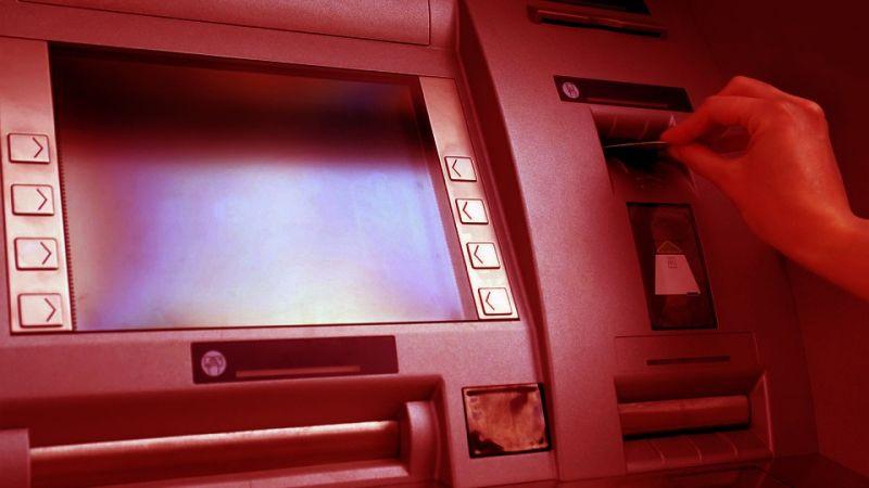 Unos Hackers roban 13 millones de dólares de cajeros automáticos en Japón en apenas 2 horas