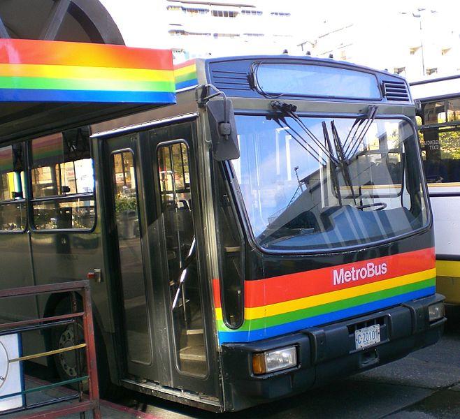 Tips de seguridad para los usuarios del transporte público