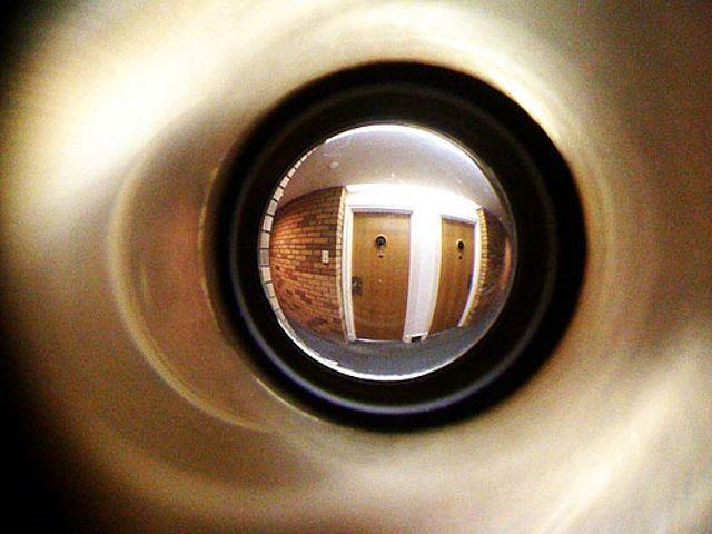 La importancia del uso de ojo mágico en las puertas de su casa u oficina